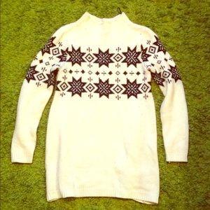 H&m cute festive sweater